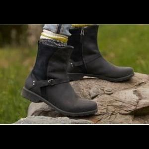 Eddie Bauer Covey Boot